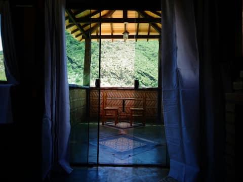 Suíte master próximo à cachoeira do Arco-Íris