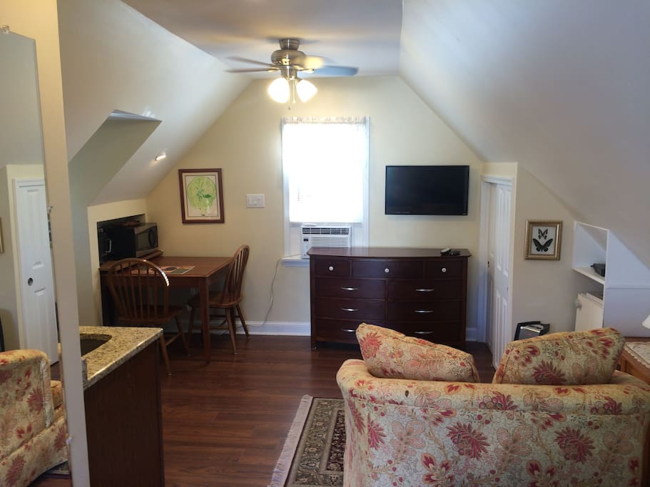Studio Apartment In Bethesda Apartments For Rent In Bethesda Maryland United States