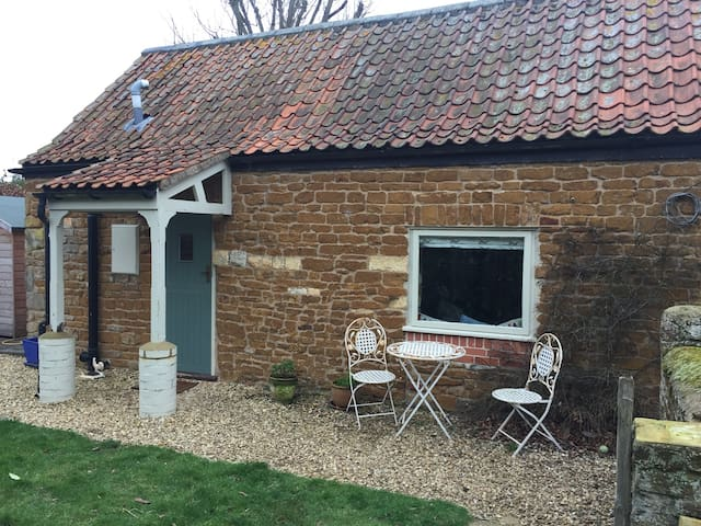 Appletree Cottage - Sproxton - Huis