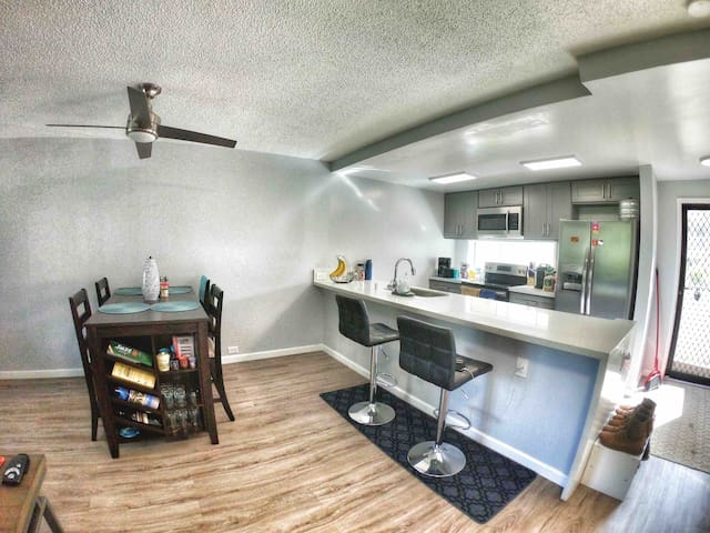 Kitchen comes with brand new amenities Microwave, Dish Washer, Refrigerator, Stove and Grill.