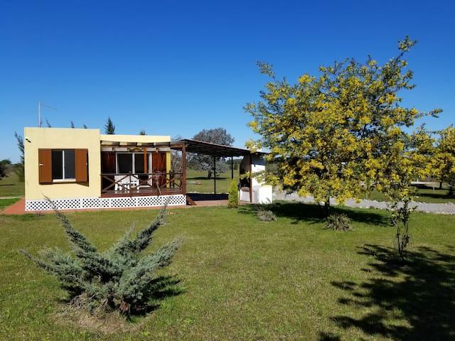 La Pincelada - Casa de campo en reserva ecológica.