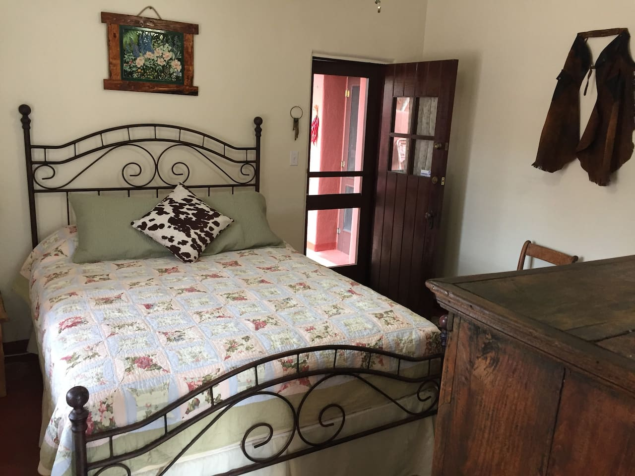 Delightful and comfortable bed with your own private entrance that leads to a beautiful private patio.