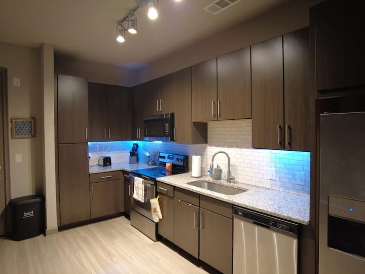 Modern one bedroom apt located in midtown Atlanta