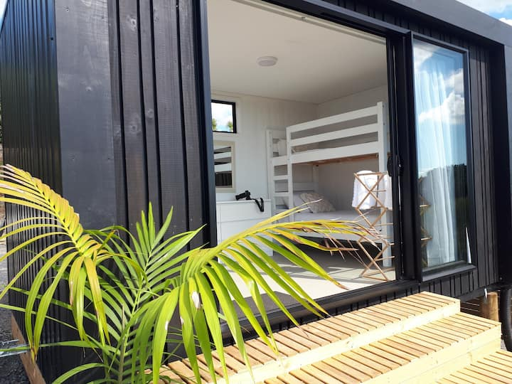 Mangawhai Eco Pod - Sea View, Surf & Jungle