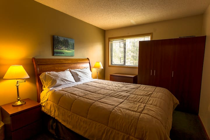 Legendary Griz Inn Sport Hotel 1 Bedroom Condo