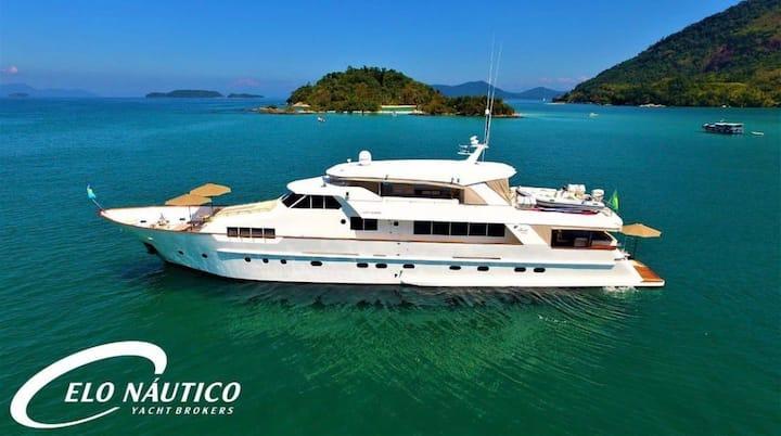 MY Benetti 106' Charter Angra dos Reis exclusivo