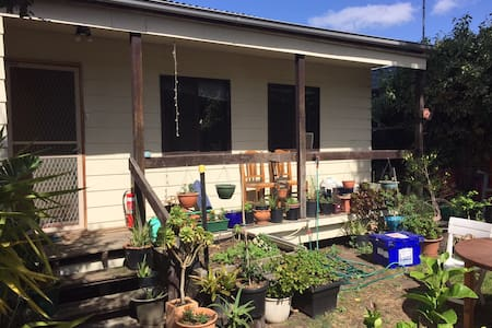 Rustic oasis in the city - Pascoe Vale