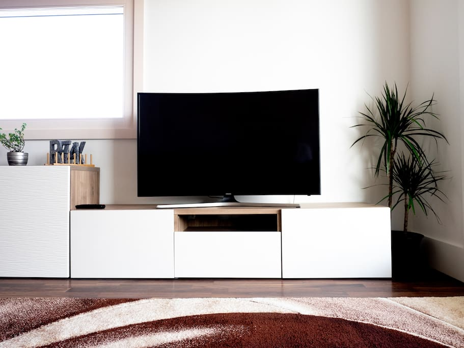 Samsung Curved UHD 49 TV