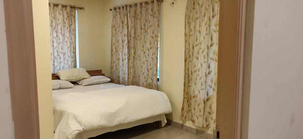 Full cosy Apartment Center of Bangalore