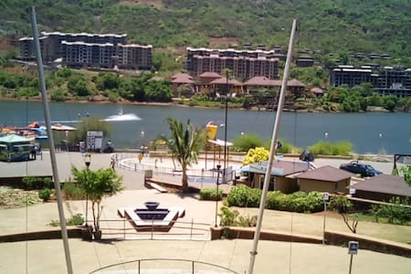 Lavasa - Lake View 2 BHK Fully Furnished Apartment - Lavasa