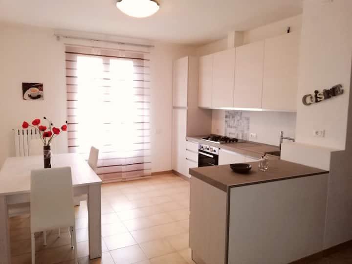 Appartamento elegante e luminoso a Montescudaio