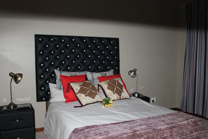 Holistic Guesthouse