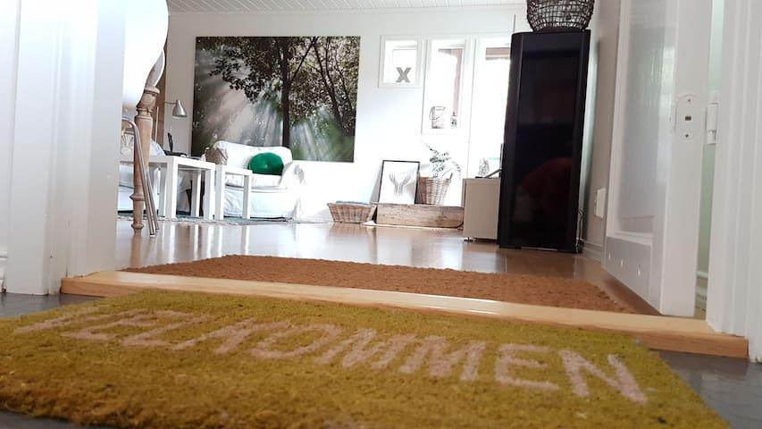 Lys 3-roms leilighet med sentral beliggenhet i Os