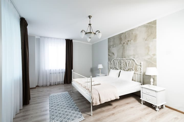 The Room: apartment #40 - Astana - Service appartement