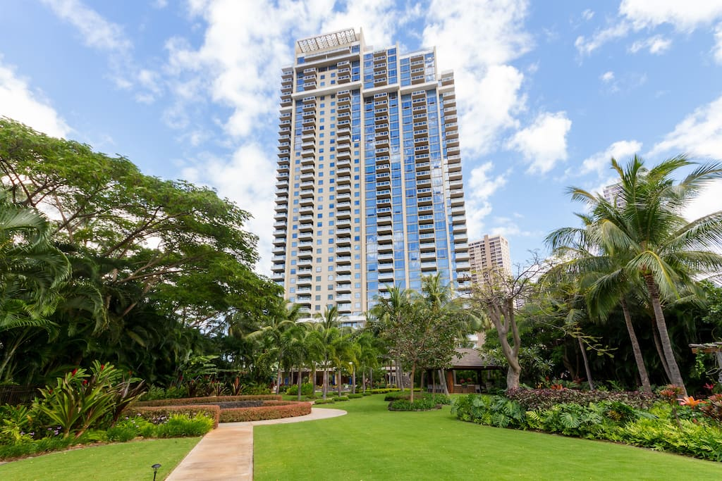 Two Bedroom Gem The Waikiki Watermark Apartments For Rent In Honolulu Hawaii United States