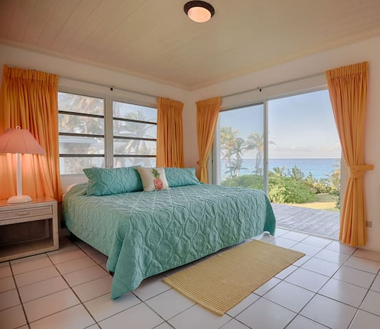 4Bedroom Flamingo House