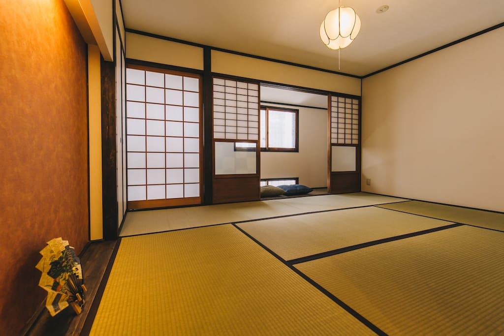 客房【市松ICHIMATSU】位於二樓緣側8帖客房。