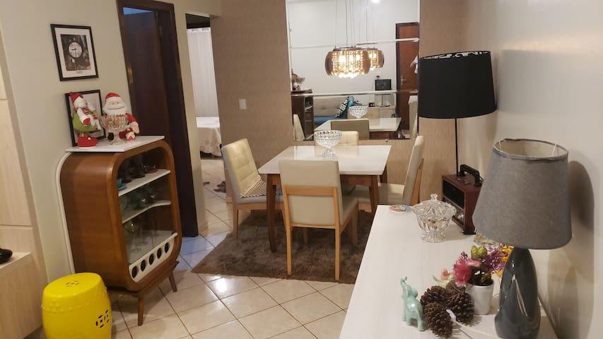 Maravilhoso apartamento mobiliado na capital
