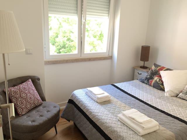 Cosy and Little @ Príncipe Real - Lisboa - Lejlighed