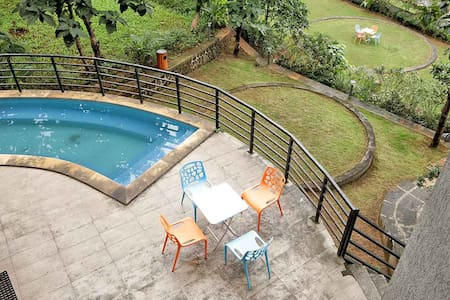 Magnum - 4 Bed Pool Villa in Karjat - Raigad - Vila