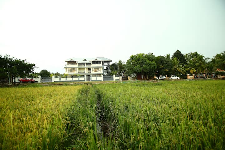 Charming Village Paddy View Premium Double Room - Nedumudy - Lainnya