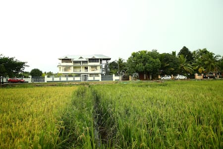Charming Village Paddy View Premium Double Room - Nedumudy - 其它