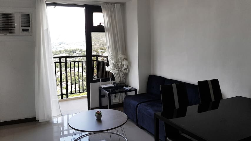 PROMO 20% + $40 OFF Condo w/Views NEAR SM & Ayala