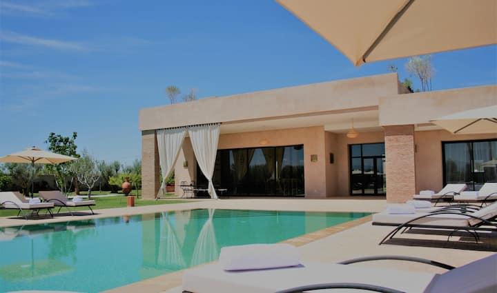 10min des GolfsVilla Isilbi : jacuzzi, piscine