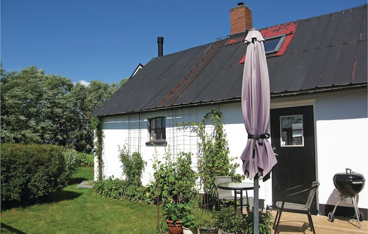 Holiday cottage with 1 bedroom on 40m² in Köpingebro