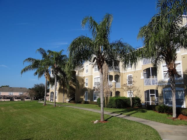 Beautiful, Homely Styled 2Bed/2Bath Resort-Condo