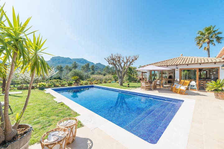 CAN SION - Villa with private pool in Esporlas. Free WiFi