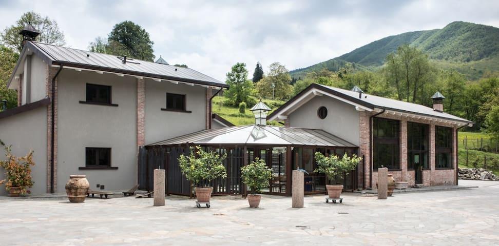 Eco lodge in the green Tuscan mountain - Limestre - Talo