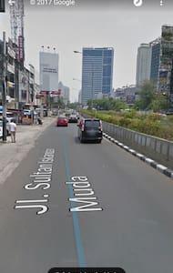 Convenience Location + comfortable - Jakarta Selatan