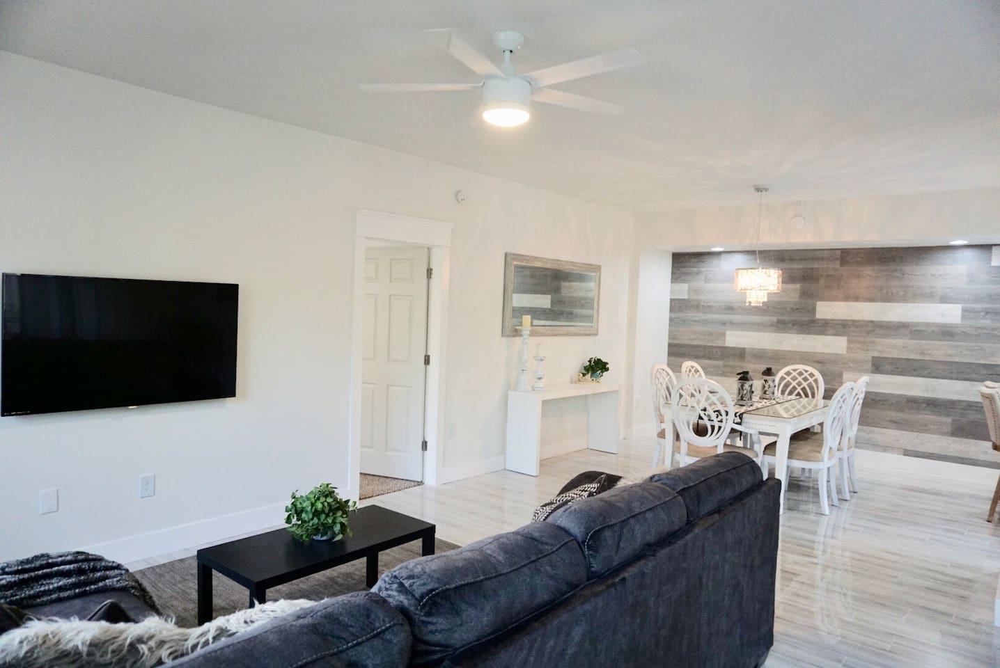 Remodeled open concept and everything is new. Enjoy cable tv on us, seating for 6!