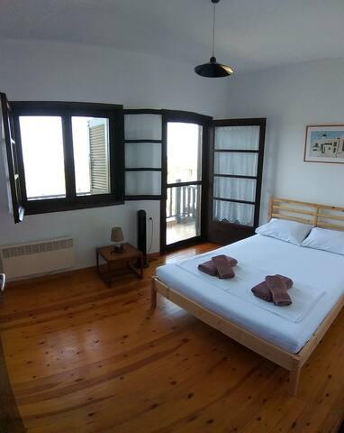 Bedroom Ioli
