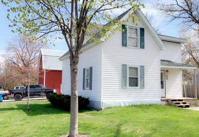 Cozy home stay about 35 min from Rochester
