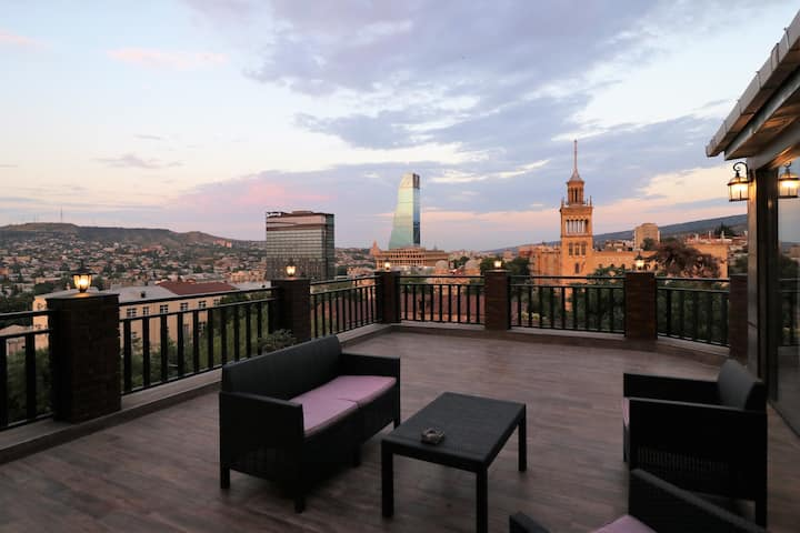 ✴1BR apt. w/ Huge furnished terrace & magnificent city✴