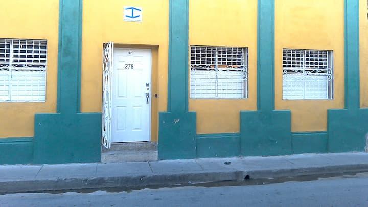 Casa Baby (Room 2). Habitación Privada.