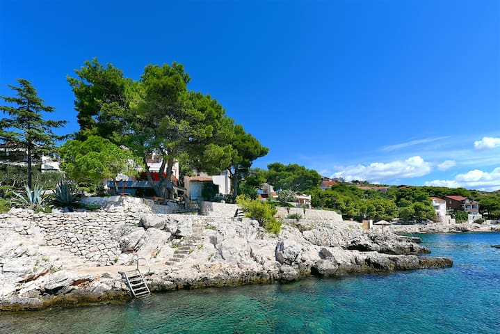 Seaside apartment - Primošten Burnji - Huoneisto