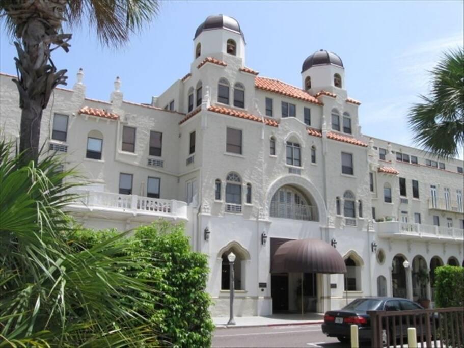 Historic Palm Beach Hotel circa 1925