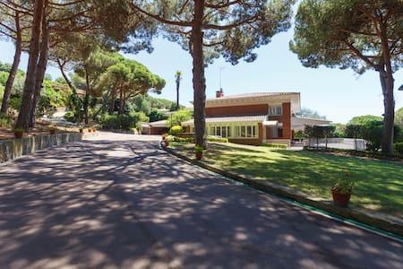 Fantastico chalet cerca de la playa - Sant Andreu de Llavaneres
