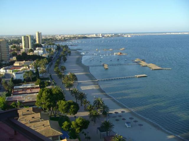 Apartamento moderno con vistas al mar - Santiago de la Ribera