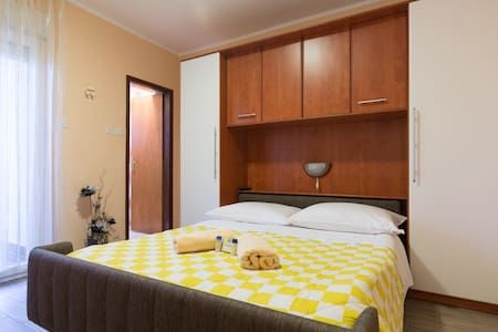 Bed & Breakfast - Room 2 (Coletta) - Krk - Bed & Breakfast