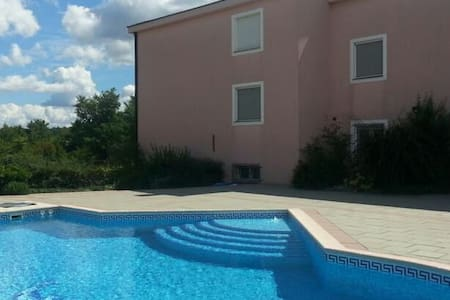 Private apartment / access to pool - Međugorje, Čitluk