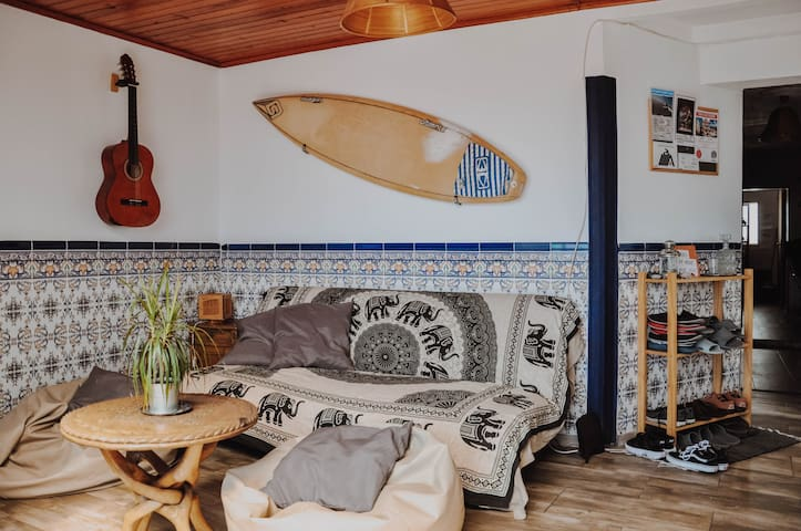 Lapa D ♜ Rooftop Surf House - Cosy Room