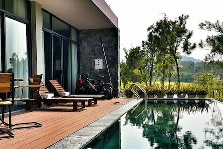 3 bedrooms swimming pool villa Flamingo Resort - Phúc Yên