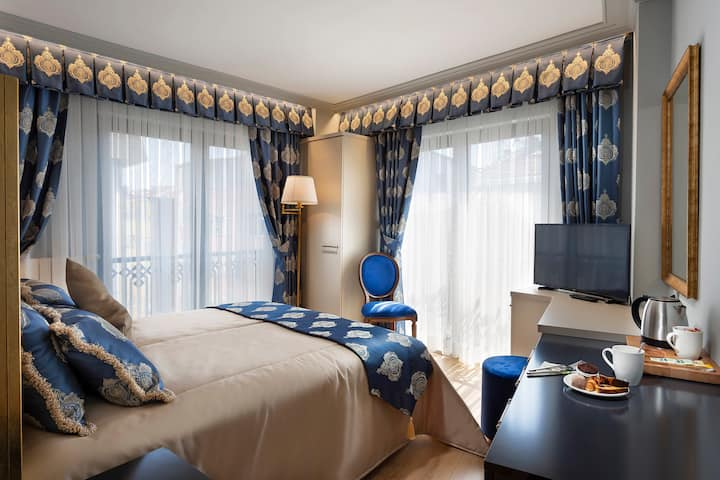 Cosy Room, Breakfast and Great Location in Kadıköy