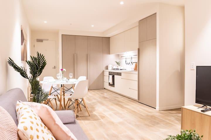 Modern Stunning Apt_Luxury facilities_st Kilda Rd