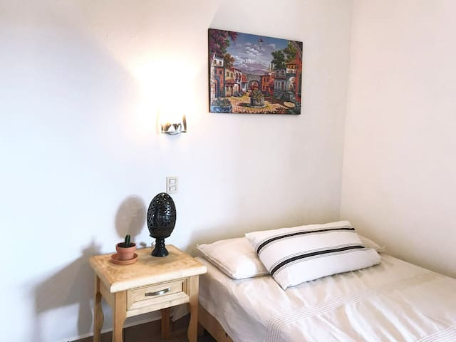 Private Mexican Room2 / Huge house / Guelaguetza