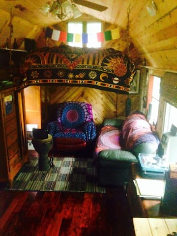 Magical Tiny Cabin - Gallatin - Dom